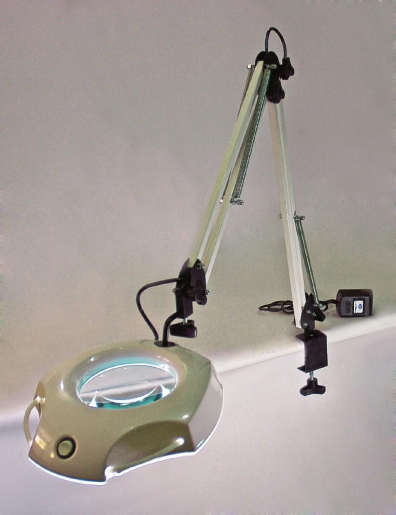 a38dab28b04 Lupa de Bancada com Iluminação 4 - Mundo da Lupa