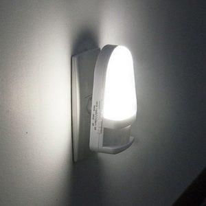 Luz Noturna com Sensor